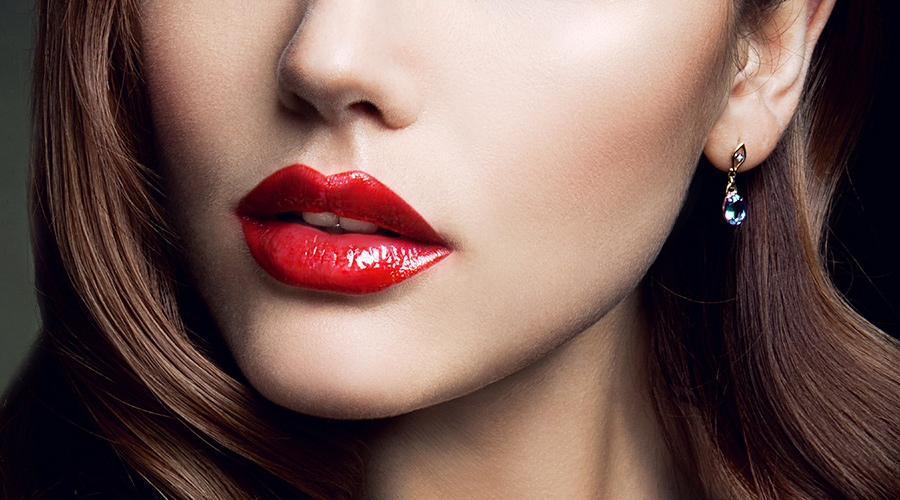 How To Apply Makeup On Lips