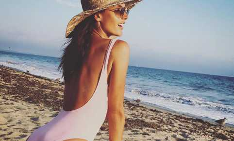 Alessandra Ambrosio Solid & Striped The Anne-Marie One Piece Pale Pink