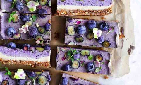 @vanelja's blueberry thyme dream cake